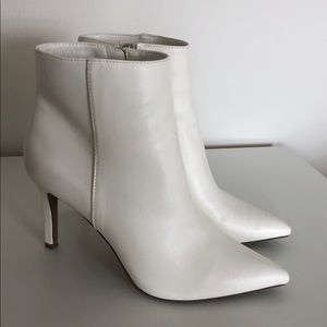 FOREVER 21 White Faux-Leather Heeled Ankle Booties